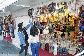 """Weihnachtsmarkt in Palma eröffnet am """"Black Friday"""""""