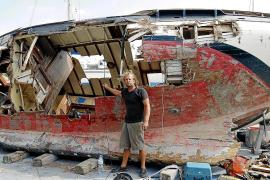 Boot und Zuhause vor Puerto Portals versunken
