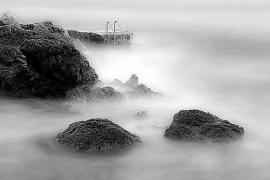 Romantische Mystik in Schwarz-Weiß