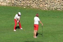 Die Golfer freuen sich über traumhaftes Wetter - wie immer, wenn MM golft.