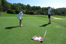 Ob er fällt? Petrus meint es bei der MM Golf Trophy wieder gut mit den Sportlern.
