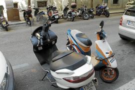 Motorräder müssen keine Parktickets lösen