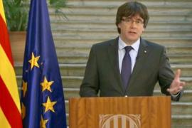 Puigdemont hält an Amt und Unabhängigkeit fest