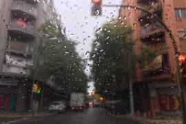 Palma erwachte am Donnerstag bei Regen und grauem Himmel.