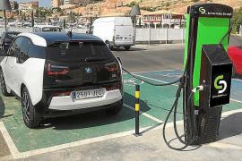 Elektroauto auf Mallorca.
