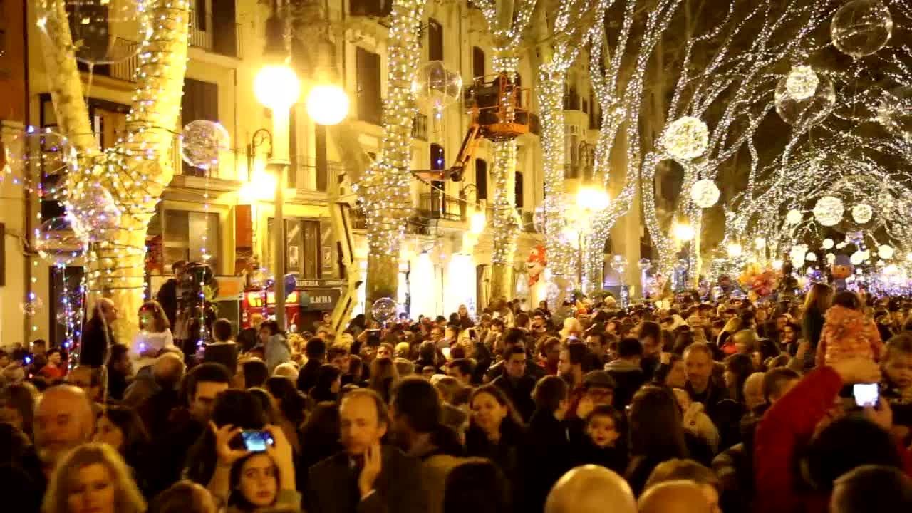 Palma erstrahlt jetzt im weihnachtlichen Lichterglanz