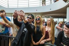 Tui Cruises nimmt Robin Schulz wieder mit ins Boot