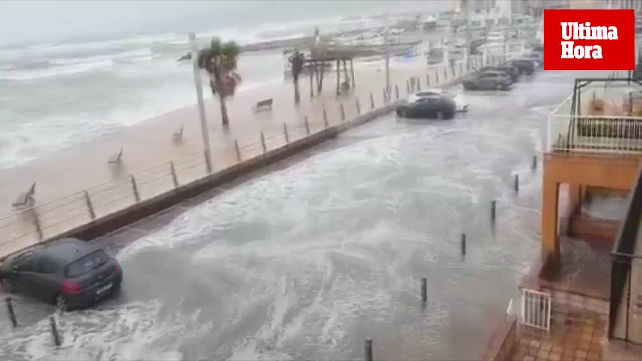"""Sturm """"Ana"""" setzt El Molinar teilweise unter Wasser"""