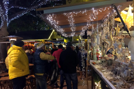 Weihnachtsmarkt in Puerto Portals.