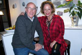 Rita-Graciela Werner und Pep Silva im Café-Bistro Forn Nou in Artà.