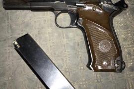 Pistole neben Müllcontainer in Palma sichergestellt