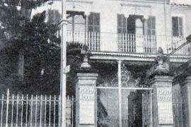 """Zweimal dasselbe Haus, fotografiert mit einem Zeitabstand von 85 Jahren. Das historisches Foto aus: Xavier Terrasa, """"Així er el"""