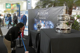 Rafael Nadals Pokale aus nächster Nähe
