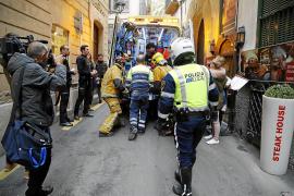 Bauarbeiter stirbt nach Sturz aus drittem Stock