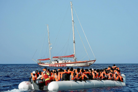 Flüchtlingsretter machen auf Mallorca Station