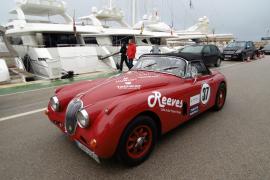 Der Jaguar XK 150 DHC des deutschen Teams Rust/Keller stammt aus dem Jahr 1959.
