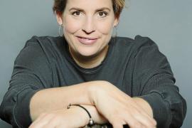 Elena Uhlig über Urlaub mit Chaos inklusive