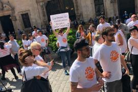 Wirte kämpfen vor Palmas Rathaus für Terrassen