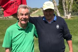 Ottmar Hitzfeld golft auf Mallorca