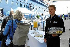 Tui Cruises feiert den zehnten Geburtstag