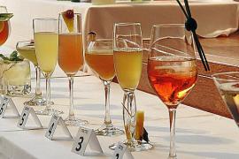 Qual der Wahl: Aus 26 Cocktails wählte die Jury die besten aus.