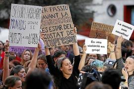 Demonstrationen gegen Gerichtsurteil