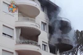 Sieben Verletzte bei Großbrand in Wohnblock