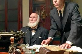 Szene aus dem Dokumentarfilm über 125 Jahre Ultima Hora. Antoni Bibiloni (l.) und Frederic Bibiloni, in ihrer Rollen als Zeitung