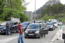 Langer Stau im und am Sóller-Tunnel nach Autopanne