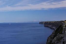 Taucher entschärfen Geschoss vor dem Kap Blanc