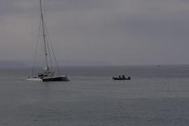 Katamaran läuft auf Grund: 70 Touristen gerettet
