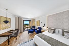 Neuer Look für Zimmer im St. Regis Mardavall auf Mallorca