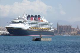 Studie: Autos und Fähren schlimmer als Kreuzfahrtschiffe