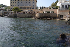 Anwohner verhindern Bau von Kacheltreppe zum Meer