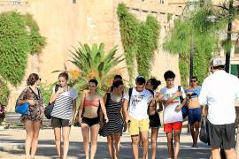 Tropische Temperaturen und nackte Tatsachen in Palma.