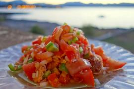 Der ideale Salat für schwülheiße Sommertage