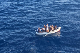 Flüchtlingsboot vor Mallorca abgefangen