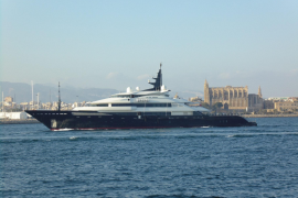Ferienyacht von Bill Gates macht Station in Palma