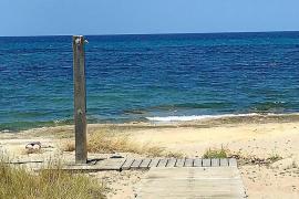 Trotz Verbots: Santa Margalida baut Strandduschen auf