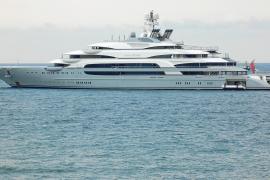 300-Millionen-Yacht in Puerto Portals