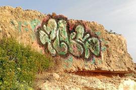 An der Playa de San Joan in Alcúdia tauchten ebenfalls Graffitis auf.