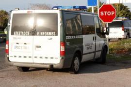 Fahrzeuge der Guardia Civil am Ort des Geschehens.