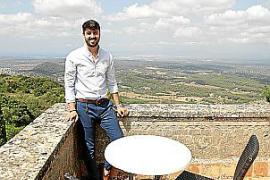 Rafael Vidal, Leiter der Herberge bei Cura.