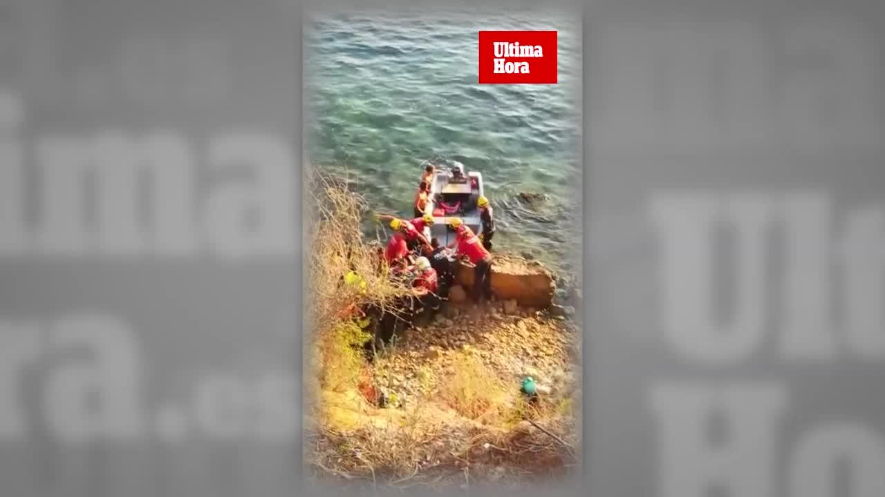 Feuerwehr rettet Mann nach Sturz ins Meer