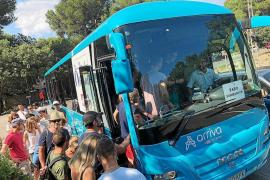 Vor allem in den Bussen nach Formentor herrschte großer Andrang.
