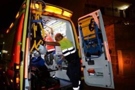 Brite uriniert vom Hotelbalkon – und fällt selbst hinunter