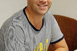 Juanjo Toral arbeitet im Hotelgewerbe auf Mallorca, wo er stets mit Deutschen Kontakt hat.