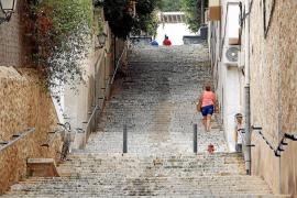 Über 200 Stufen hat die Treppe an der Carrer de Menéndez Pelayo.