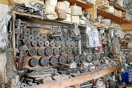 Ersatzteile für die englischen Maschinen gibt es kaum noch. Bei Problemen wird improvisiert.