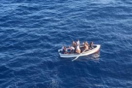 Vier Boote mit illegalen Migranten erreichen Mallorca